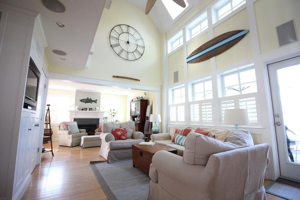Pottery Barn Beach House Immaculate Coastal Home 4 Beds