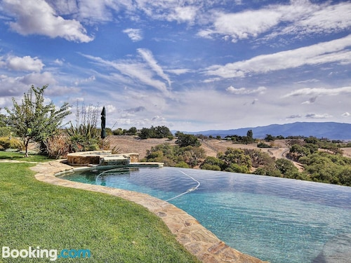 Gated Wine Country Estate With Pool, Vineyards, and an Amazing View!
