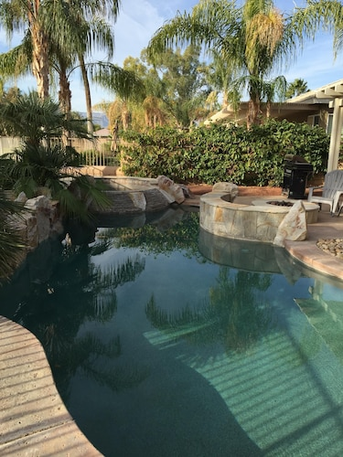 Walk To Coachella / Close To Horse & Dog Show Gorgeous Highly Upgraded Pool Home