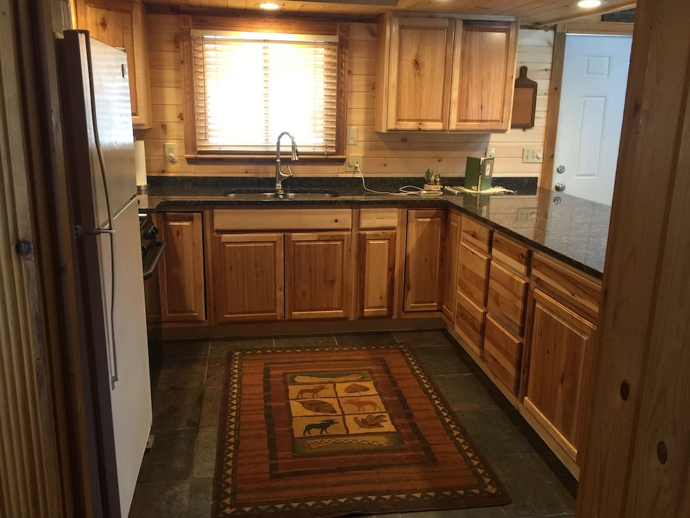 Private Kitchen, Work Remote-wireless Wifi- Smart TV TO Stream- Kick Back-relax-dog Friendly