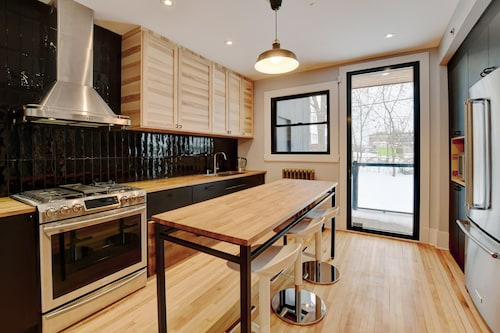 Fully Renovated Modern, Spacious, 3 Bedrooms in NDG
