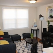 45% Disc 2bdrm Home Close to The US Capitol, Amtrack & Wash DC Metro