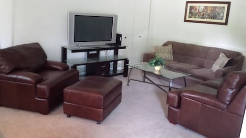 Beautiful 2BR Condo in Hershey PA With Scenic Views