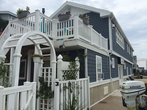 LBI Bayfront Beauty Two Blocks To The Ocean! Spectacular Sunset Views!