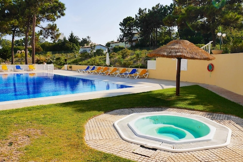 Apartment With 2 Bedrooms in Grandola, With Wonderful Lake View, Pool Access, Enclosed Garden