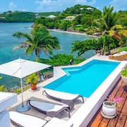 Stunning Luxury Waterfront Villa in Grenada
