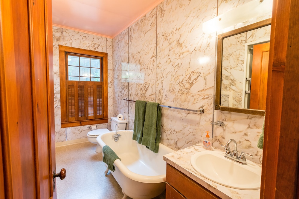 Bathroom, Woodland Sanctuary, Giant Mountain Views, Convenient Location near High Peaks