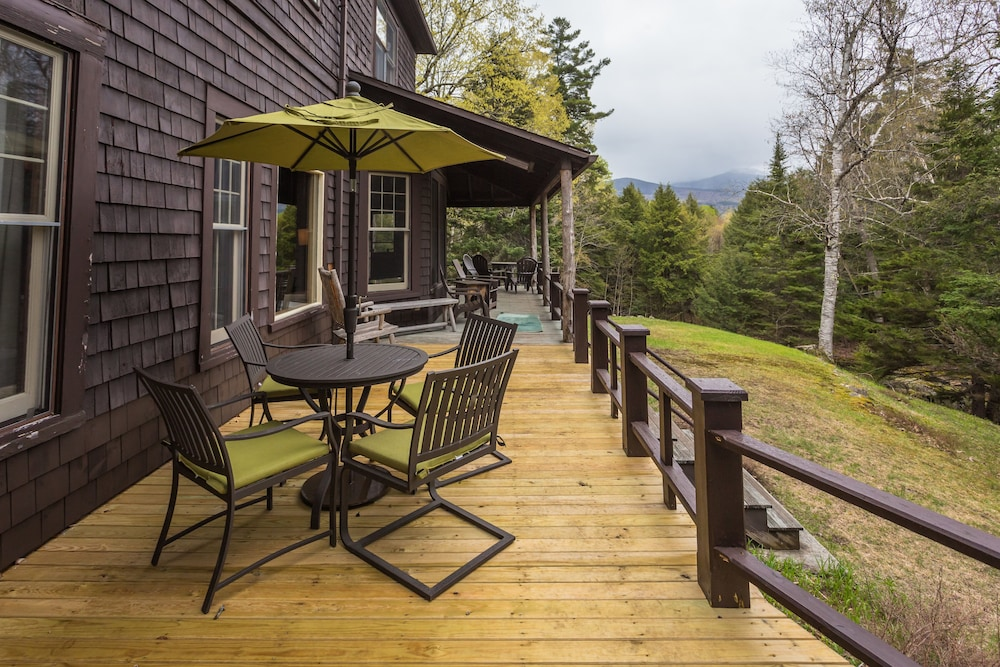 Balcony, Woodland Sanctuary, Giant Mountain Views, Convenient Location near High Peaks