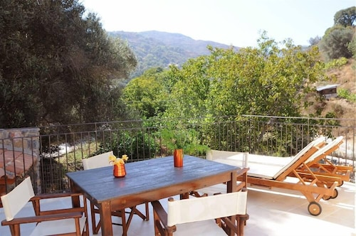 Country House Near Spili With Peaceful Garden, Orange Trees and Jacuzzi