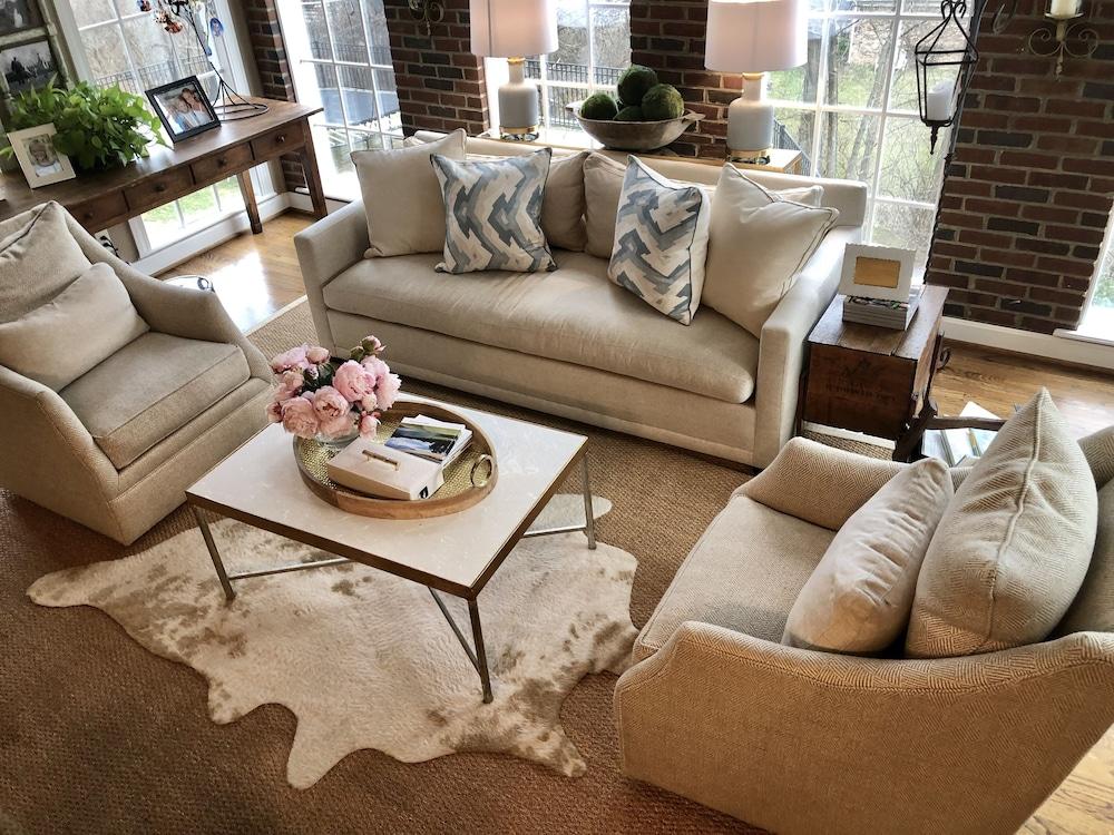 Groovy Kentucky Derby Home Rental 2019 Room Prices Deals Home Interior And Landscaping Mentranervesignezvosmurscom