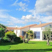 Villa With Pool AND Garden Near THE Beaches AND Montpellier