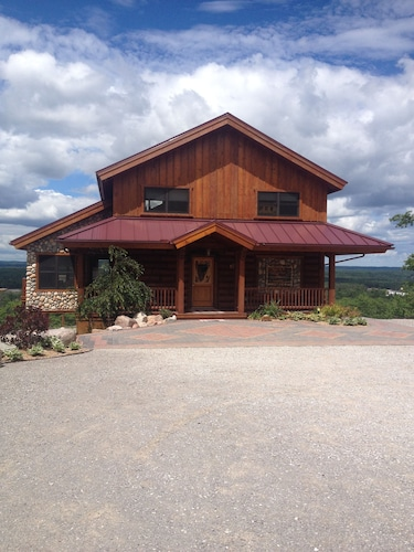 Exterior, 4200 Sq. Ft. ~ Great For Family/group Vacations! Amazing Views! $270+ per Night