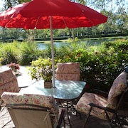 Lakefront Ground Floor Villa in Weston - Pool, Gym, Tennis