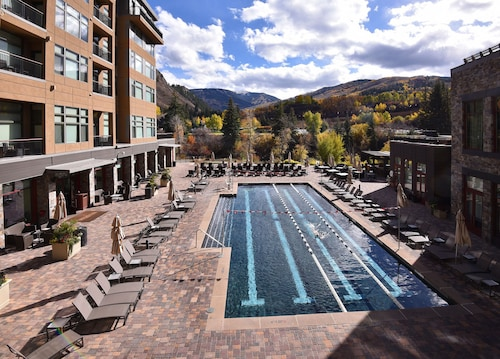 Ski In/out Luxury! 9th Floor Resort Penthouse, Ski/boot Valet, Health Club, Spa