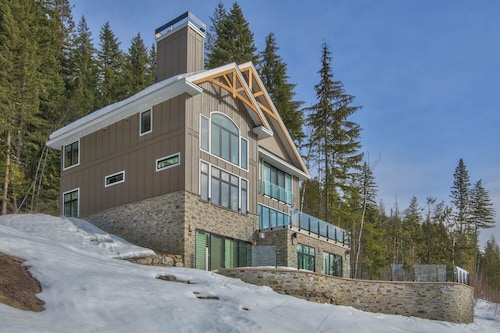 Luxury Ski In/ski Out Chalet