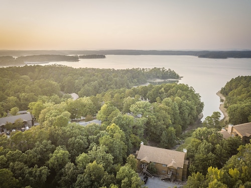 Enjoy Spring at This Lake View Condo on Lake Ouachita. Hurry! Filling UP Fast
