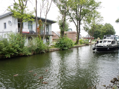 Ferienhaus Seebrise Moderne FW am See Boat & Bicycle Incl