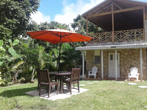 Total Relaxation and the Luxuries of Nature Await you at Scottgullyecolodge
