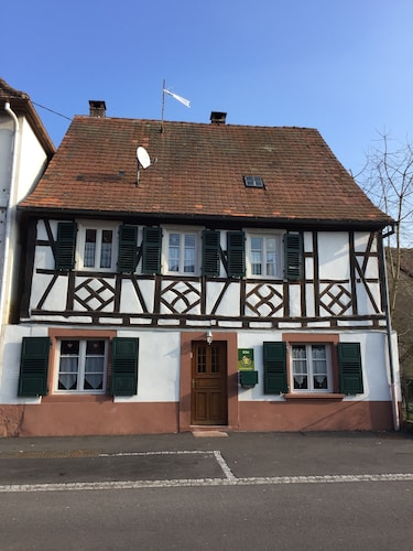 Renovated Alsatian House 6 Pers