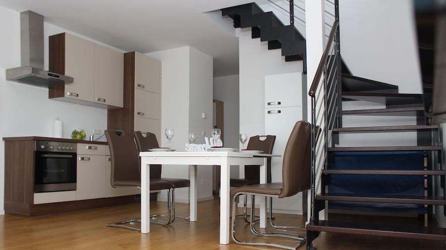 Christiano Apartments