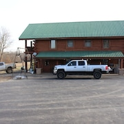 3-room Cabin at Samson's Whitetail Mountain