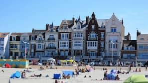 Plage, navette gratuite vers la plage, 20 bars de plage