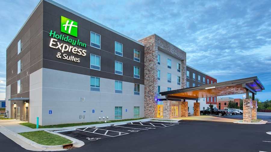 Holiday Inn Express And Suites La Grange, an IHG Hotel