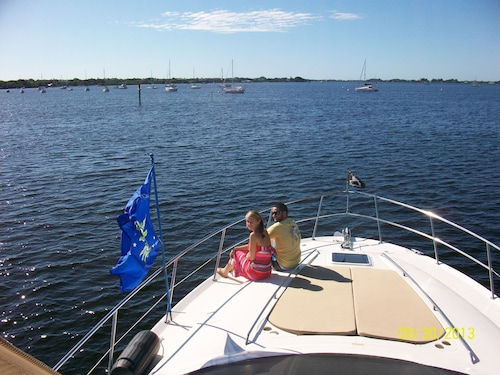 Pensacola Houseboat Rentals: Find Cheap $59 Houseboat