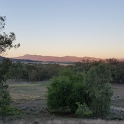 Tamworth- 3 Bedroom Home 25 Acres, Private & Quiet