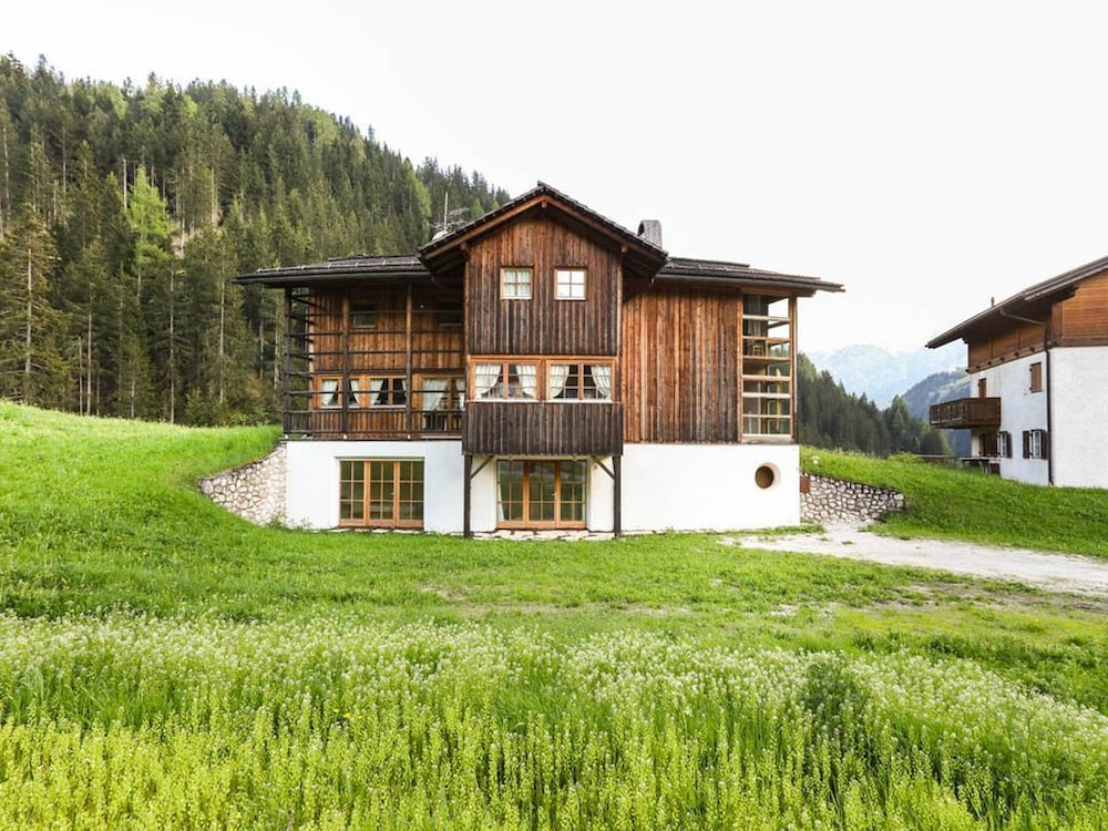 Holiday Apartment in Luxury Chalet With Country Style Interior, Wi ...