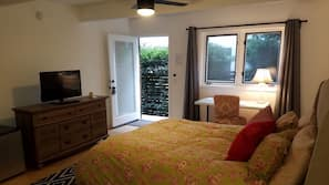 Blackout curtains, soundproofing, iron/ironing board, free WiFi