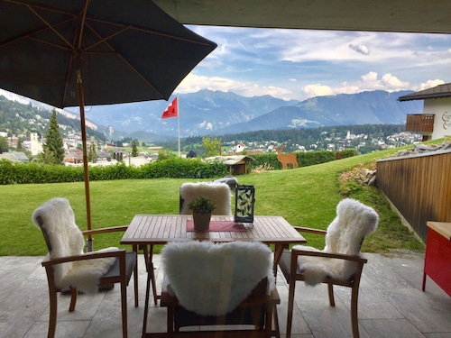 Flims/fantastic View / High Value Facility /ski In/out /terrace/family Friendly