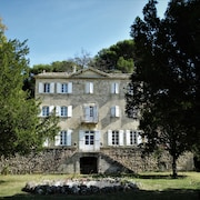 Rent Charming Chateau in Provence, 7 Bedrooms With 6 Bathrooms, Sleeps 15 +