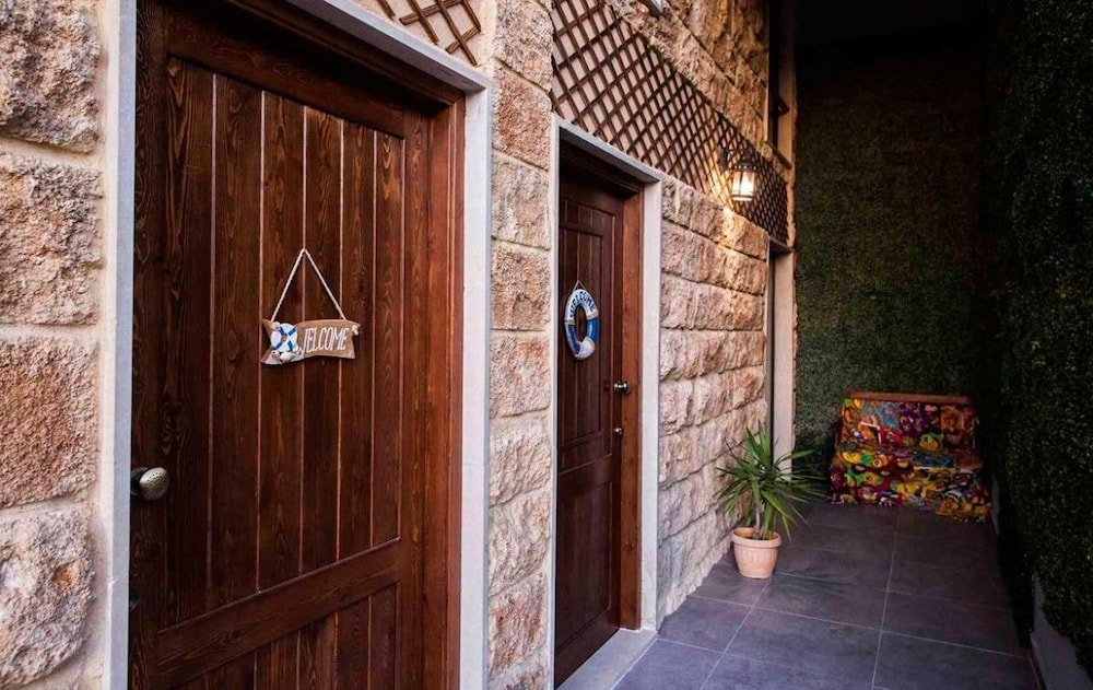 Property Entrance, Old Town Guest Houses