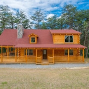 Newer 4 Bedroom Lodge With Private Acreage and Close Proximity to Cantwell Cliffs