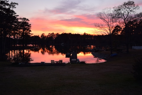 Lake Front Apartment on Lake Murray With an Excellent Quiet Cove!