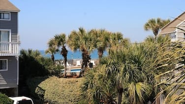 Gorgeous Gulf View, Pet Friendly Townhouse in Barrier Dunes