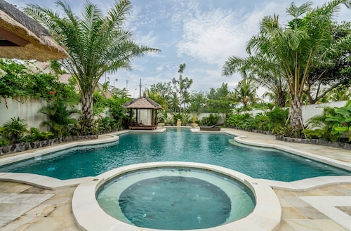 Private Pool 818 m. Promo Price!