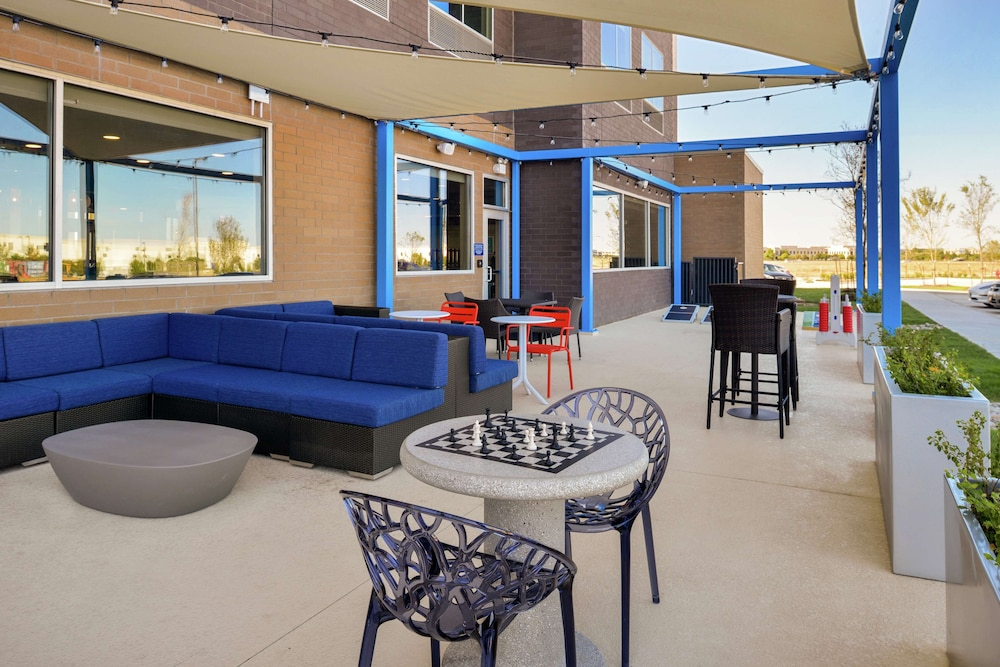 Terrace/Patio, Tru by Hilton Coppell DFW Airport North