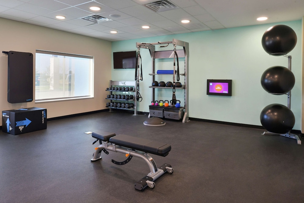 Fitness Facility, Tru by Hilton Coppell DFW Airport North