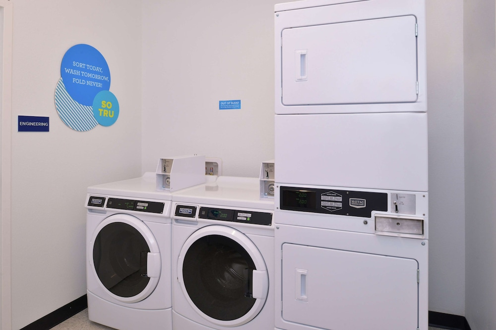 Laundry Room, Tru by Hilton Coppell DFW Airport North