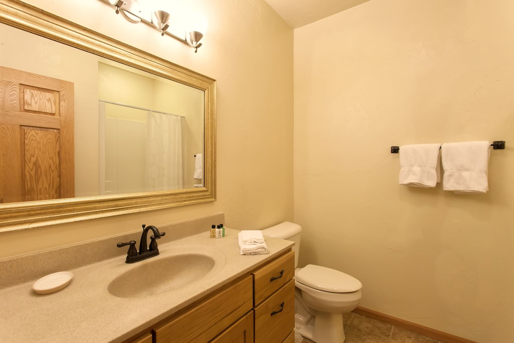 Bathroom, Copperwood #8 - 2 Br Condo