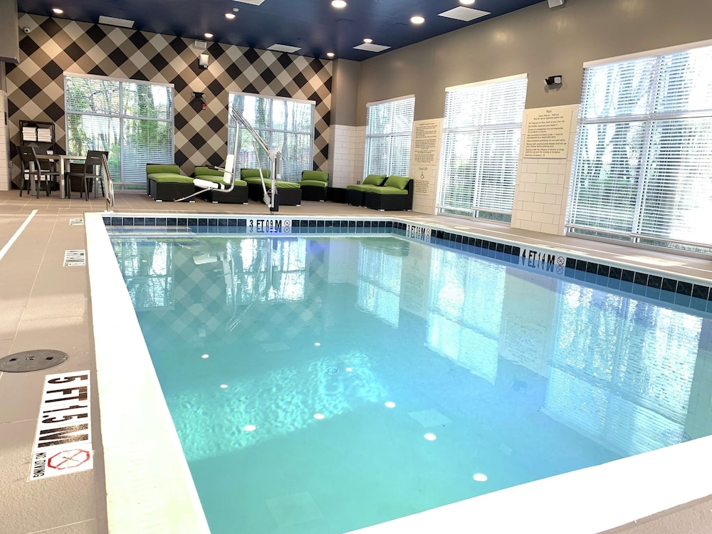 Pool, Hampton Inn & Suites Ocean City West