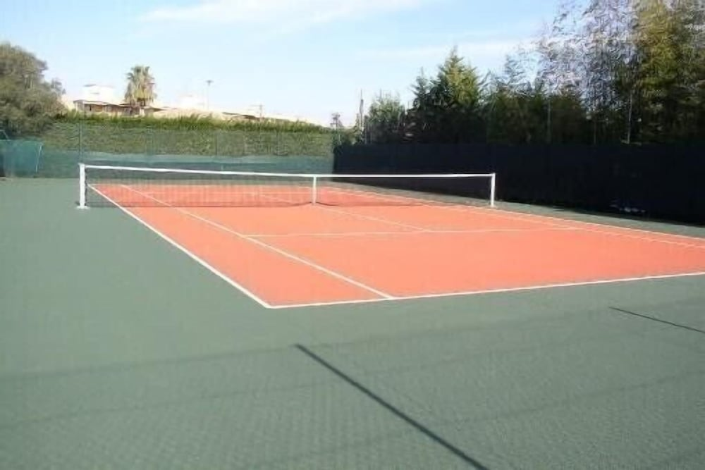 Sport Court, Antibes Residence With Pool, Tennis, Very Large Terrace, Garden, Prox sea
