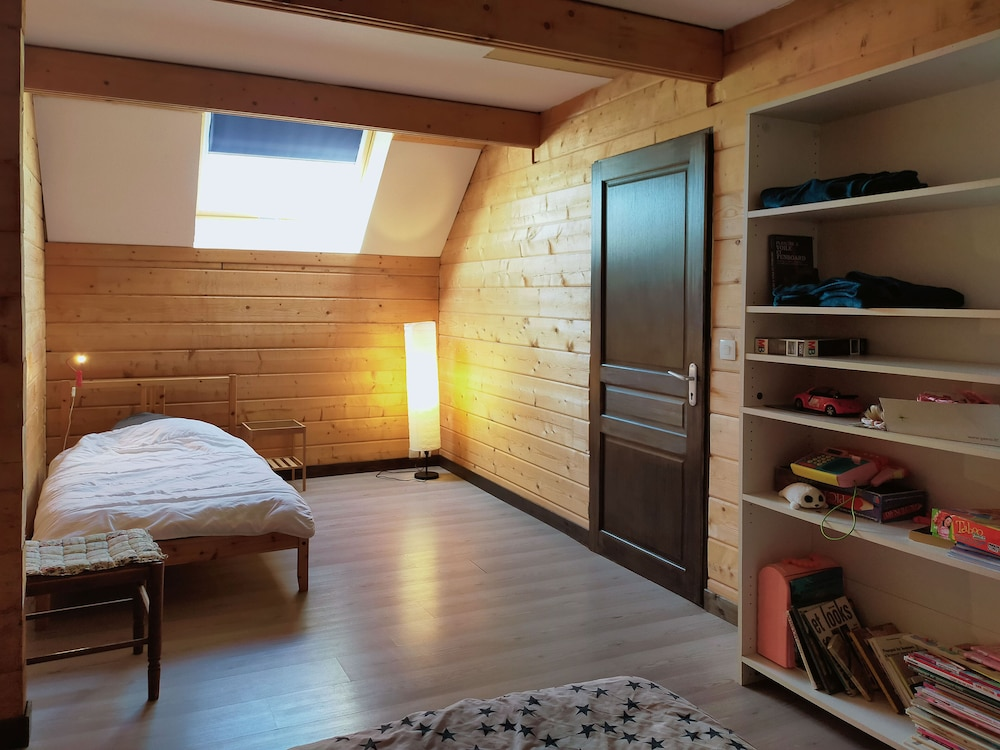 Room, Cottages to Orient - Champagne Chalet