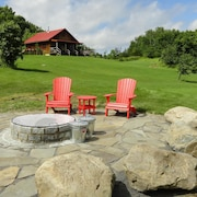 New Mountain Home on 56 Acres With Outdoor Year Round hot tub