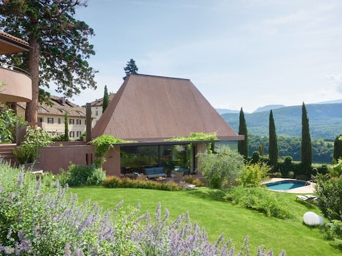 Villa Baronessina Villa With Pool, Whirlpool, Sauna and Large Private Garden