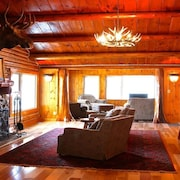 Completely Renovated Log Cabin on Lake Charlevoix!