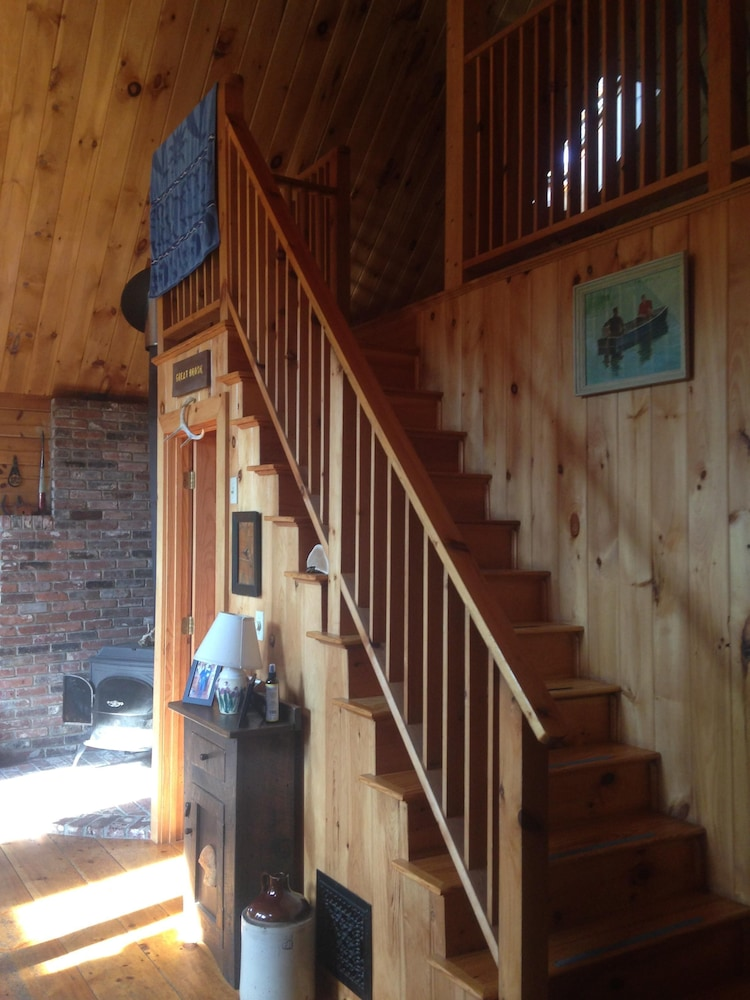 Living Room, Black Mtn/ Jackson NH Private -On Hike Trails ,swim, Golf, Fish, Mtn Bike Relax