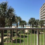 Beautiful Gulf View & Easy Walk to the Beach. Compare Rates With Meyers, etc
